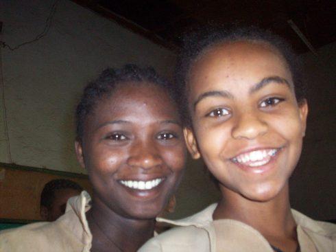 Hibrit School girls