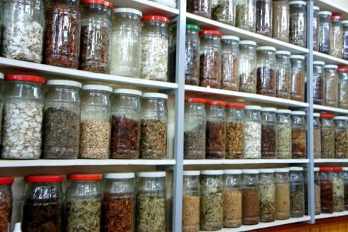 so. many. spices.