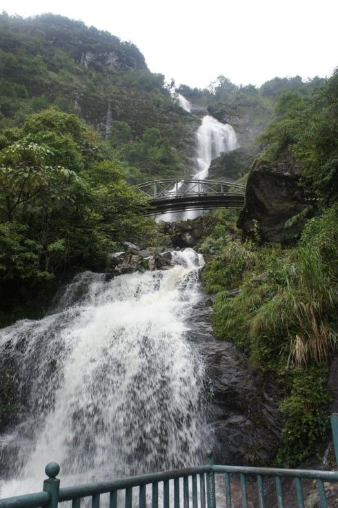 Thac Bac (Silver) Waterfall